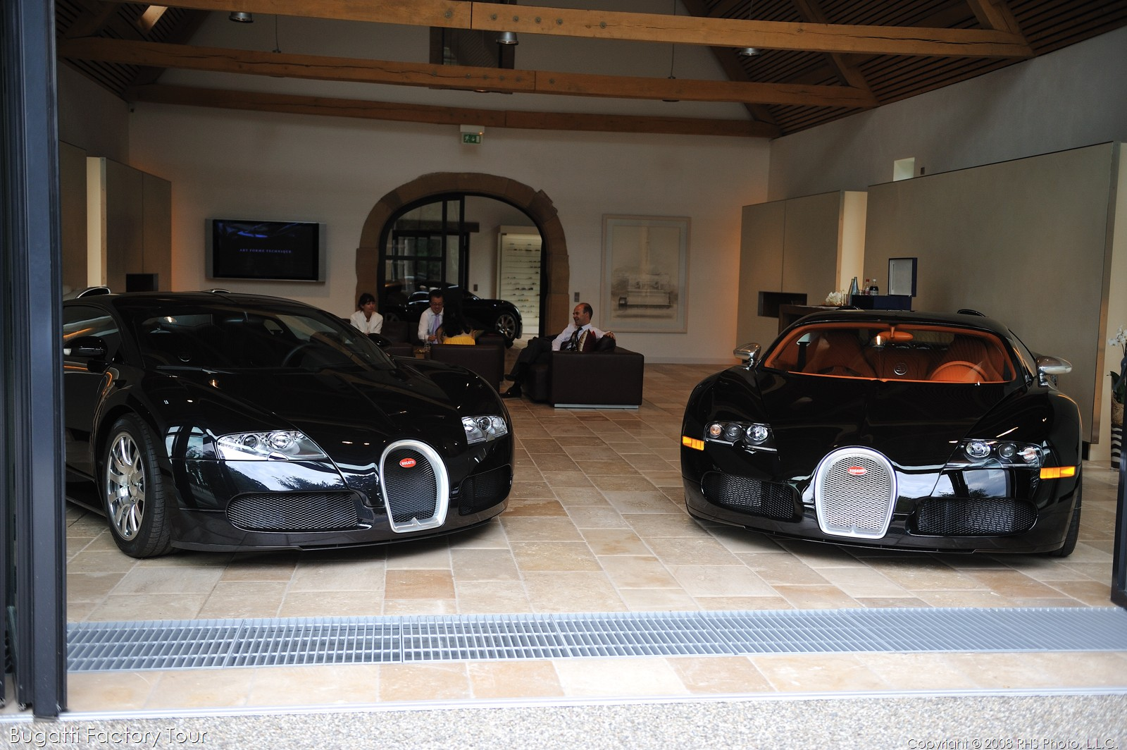 Of Bugattis Heroes Community Bugatti Veyron Factory Tour In Molsheim France